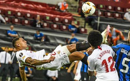 """Diego Carlos: """"Ir a un club mejor no es fácil, el Sevilla es un gigante"""""""