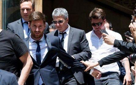 Messi acelera: su padre, camino de Barcelona