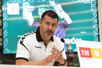 Almirón: ?Para mí es un gran reto llegar a la liga española?