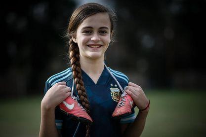 Zoe, la fanática de Alex Morgan que revoluciona Argentina con su solidaridad