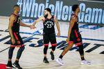 Raptors y Nuggets recuperan instinto ganador y empatan series