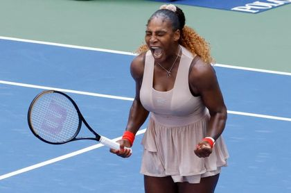 Serena Williams vence a Sakkari y pasa a cuartos de final