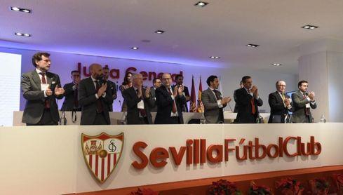 """""""El único plan de Sevillistas Unidos es apropiarse del Sevilla FC""""."""