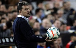 Óscar García: ?Necesitamos reforzar cinco o seis posiciones?