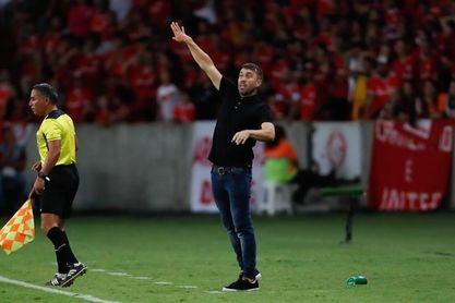 El Internacional de Coudet se afianza como líder de la Liga brasileña