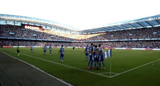 Riazor, en la Segunda B futbolística y en la 'Champions' tecnológica