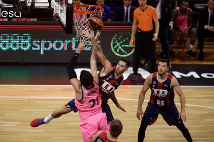 68-72. El Barcelona primer finalista al imponerse al Baskonia