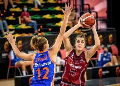68-62. El Gernika, guiado por Rosó Buch, primer finalista tras prórroga