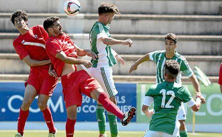 Imagen del último derbi chico entre Betis Deportivo y Sevilla Atlético.