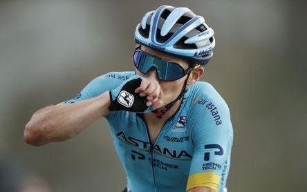 """""""Supermán"""" López se impone en el col de Loze y se sube al podio del Tour"""