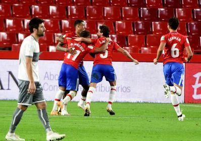 2-0. Machís y Molina deciden a favor de Granada superior