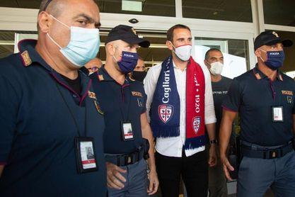 Godin ya es jugador del Cagliari, por dos temporadas