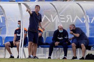 El Valencia se aferra a Mestalla ante un Huesca que busca estrenarse
