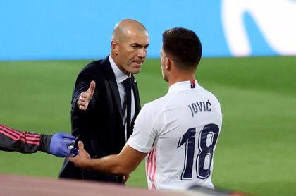 Jovic no aprovecha la confianza de Zidane