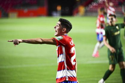 Carlos Fernández, pretendido por el Bayer Leverkusen.