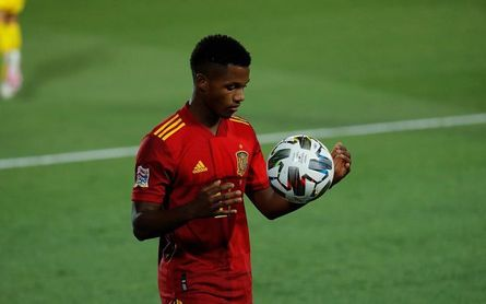 Cristiano Ronaldo mide el efecto Ansu Fati