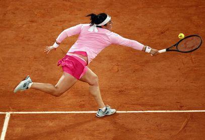 Jabeur deja Roland Garros como la mujer árabe que más lejos llegó en París
