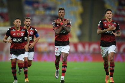 Flamengo vence al Sport y le respira en la nuca al Atlético Mineiro