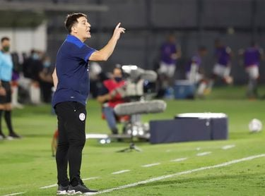 """Berizzo lamenta los """"desajustes defensivos"""" de Paraguay en el empate con Perú"""
