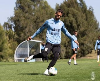 Bentancur: con o sin altura Uruguay buscará los tres puntos frente a Ecuador