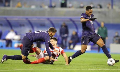 1-2. Francia no falla en Croacia y mantiene el pulso con Portugal