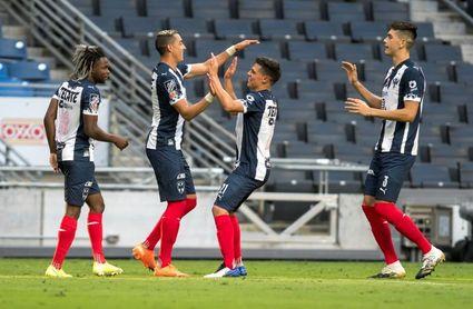 3-1. El campeón Monterrey golea al Puebla del peruano Reynoso en el Apertura