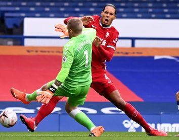 Van Dijk (Liverpool) será operado de ligamentos de su rodilla derecha