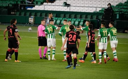 Real Betis 0-3 Real Sociedad: Un roto y un descosido