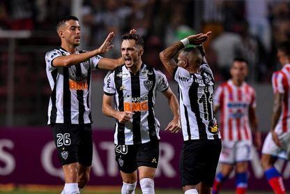 Inter y Flamengo lideran a la espera de la suerte del Atlético Mineiro