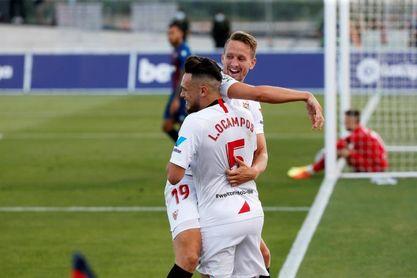 El Sevilla sale con Ocampos y De Jong arriba
