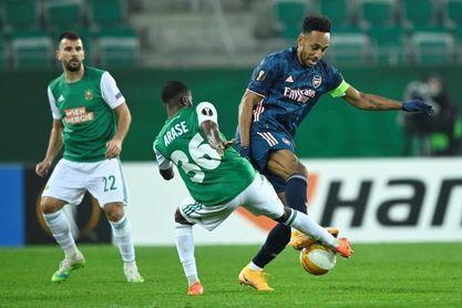 1-2. David Luiz y Aubameyang rescatan al Arsenal de Arteta en Viena