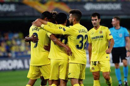 El Villarreal desperdicia una ventaja de dos goles y falla un penalti (2-2)