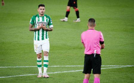 Sanabria se gana la confianza de la afición del Betis.