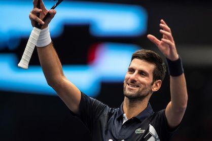 Djokovic vuelve a Viena con un apretado triunfo
