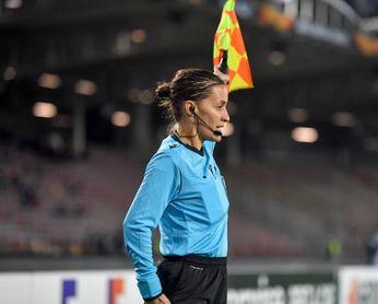 Guadalupe Porras, asistente en el LASK contra el Ludogorets, hace historia