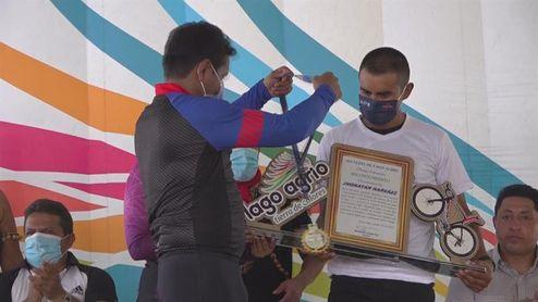 Caravana en homenaje a Narváez tras su participación en Giro de Italia 2020