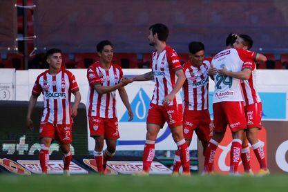 3-2. El Necaxa derrota de forma agónica al Toluca en el Apertura mexicano