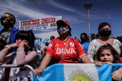 Maradona, ausente de campaña solidaria el día de su sexagésimo aniversario