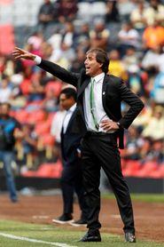 El uruguayo Almada avisa que Santos tiene recursos para vencer al líder León