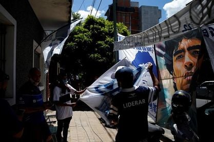 Maradona será operado hoy de un hematoma en la cabeza