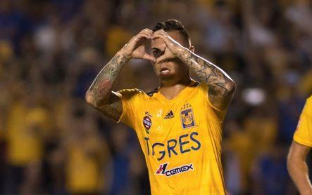 El chileno Vargas sale de Tigres para viajar a Brasil con el Atlético Mineiro