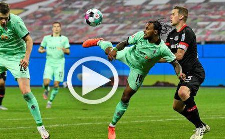 El espectacular gol de 'escorpión' de Valentino Lázaro.