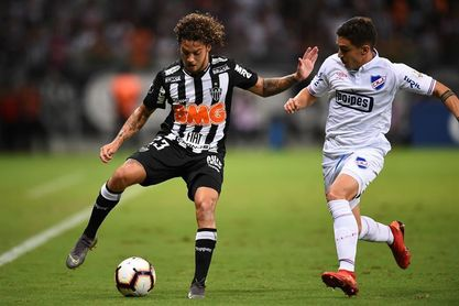 Tabárez convoca a Rolín Irrazabal y Neves para partidos de eliminatorias