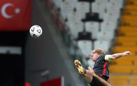 El croata Vida jugó 45 minutos contra Turquía cuando era positivo por la covid