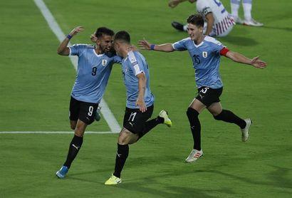 El uruguayo Rossi gana el primer premio Jugador Joven del Año de la MLS