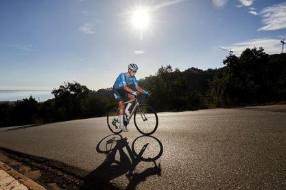 Ovett fracasa en su intento de emular la ascensión al Everest en bicicleta