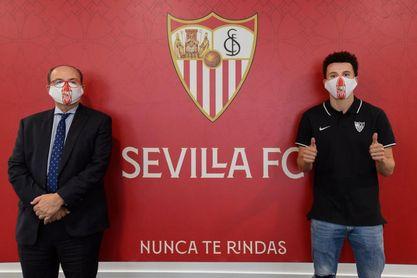 El Sevilla FC se hizo con Idrissi, quien ya fue ofrecido en enero, por 12 millones de euros.