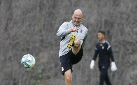 Roberto Ríos, ex del Betis y Athletic, analiza el próximo duelo entre leones y béticos.