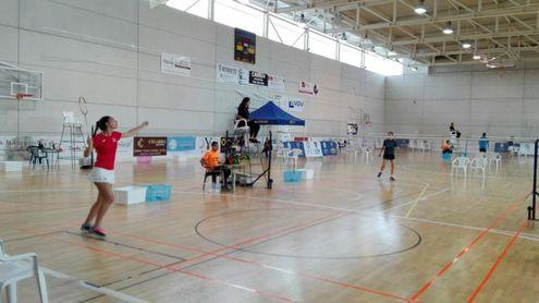 I Torneo de Bádminton en el SADUS.
