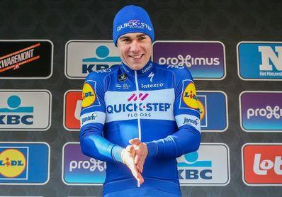 Fabio Jakobsen vuelve a montarse en una bicicleta